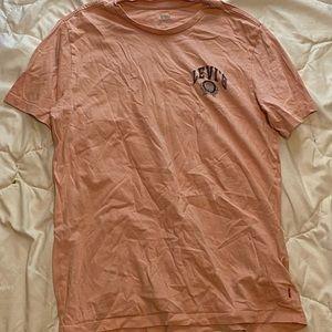 pink Levi's T-shirt size medium